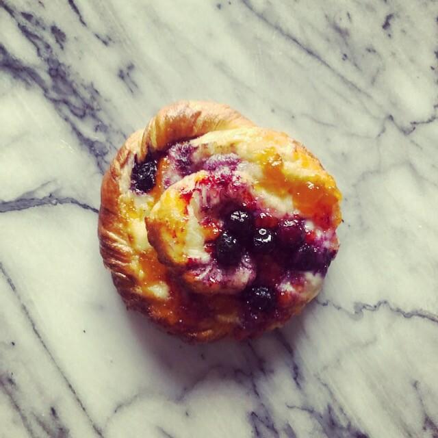 Mon Petit Choux blueberry danish.JPG