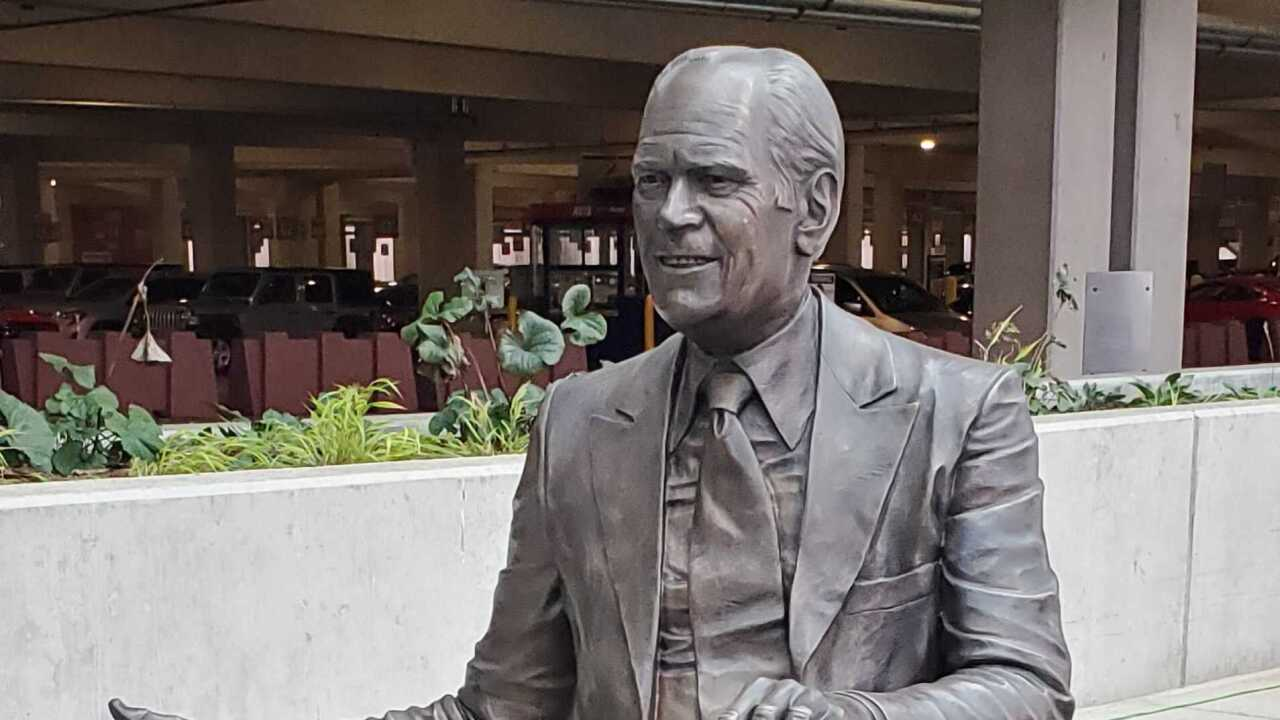 Gerald R. Ford statue unveiled at GFIA