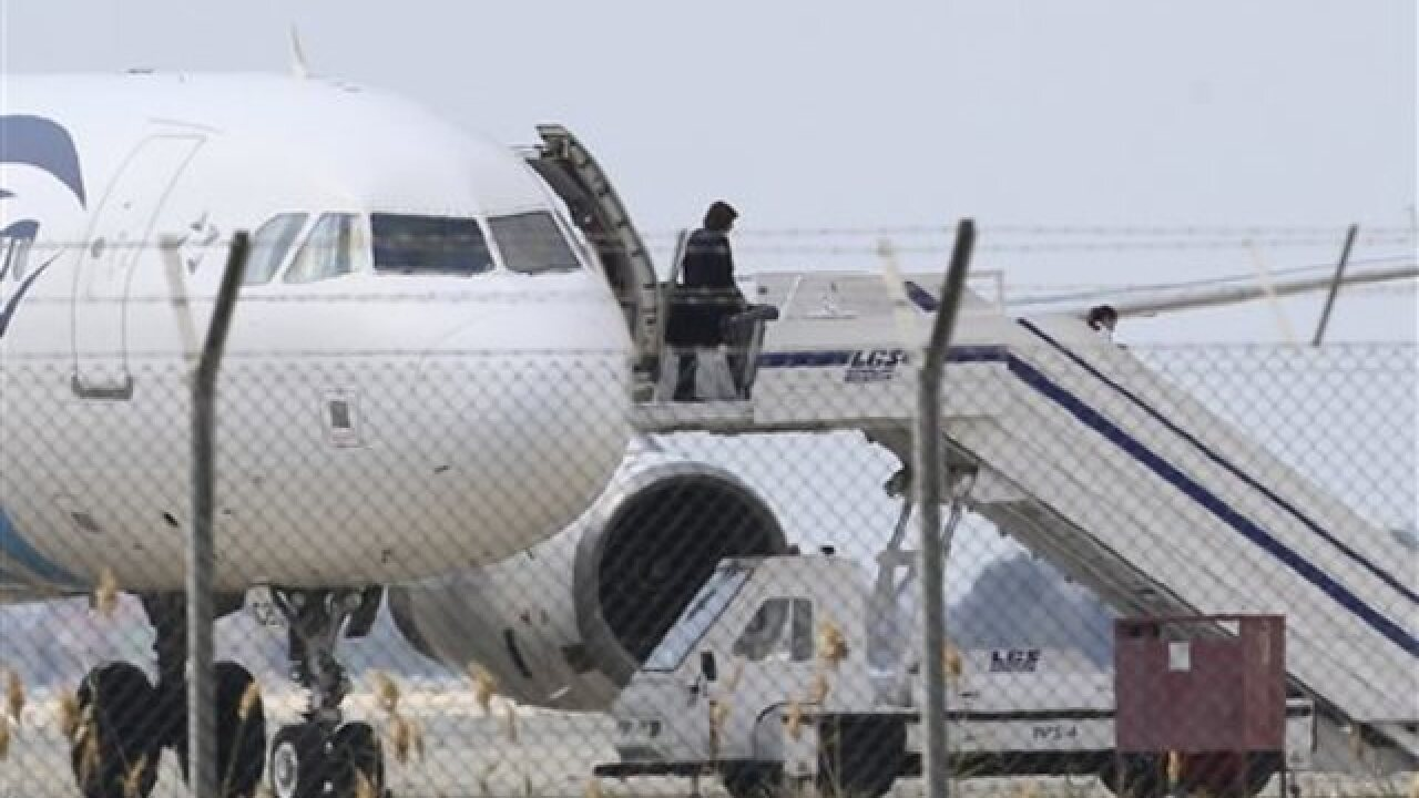 Egyptian plane hijacked to Cyprus, most passenge