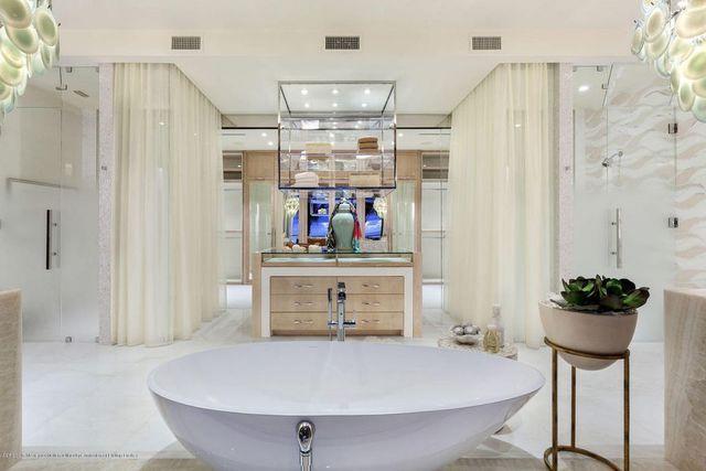 Inside Roger Ailes' $36 million Palm Beach oceanfront home