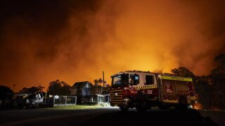 'Catastrophic' wildfires have destroyed hundreds of houses in Australia, killed hundreds of koalas