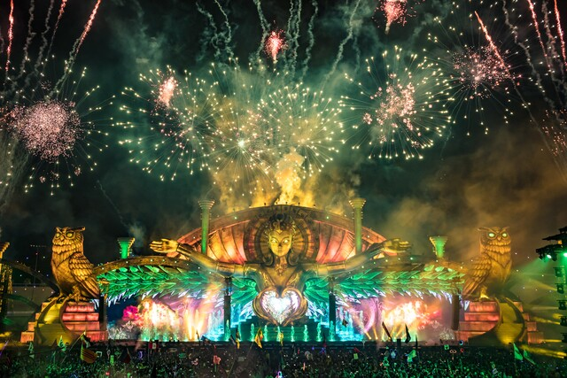 PHOTOS: Day 2 of the Electric Daisy Carnival in Las Vegas