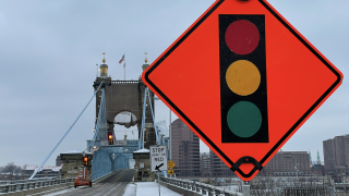WCPO_Roebling_Bridge_closure.jpg