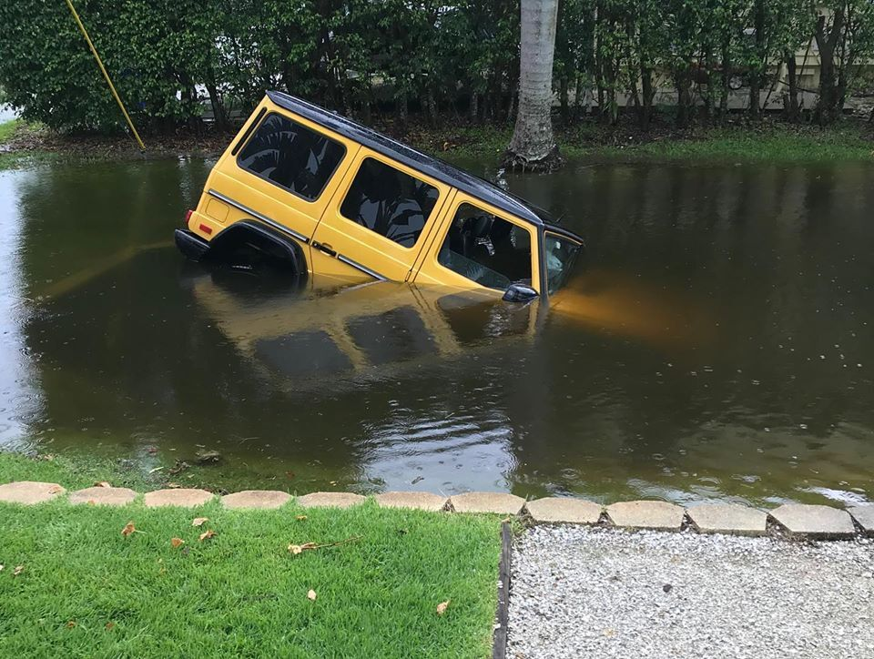 Jeep swept into lake in Naples