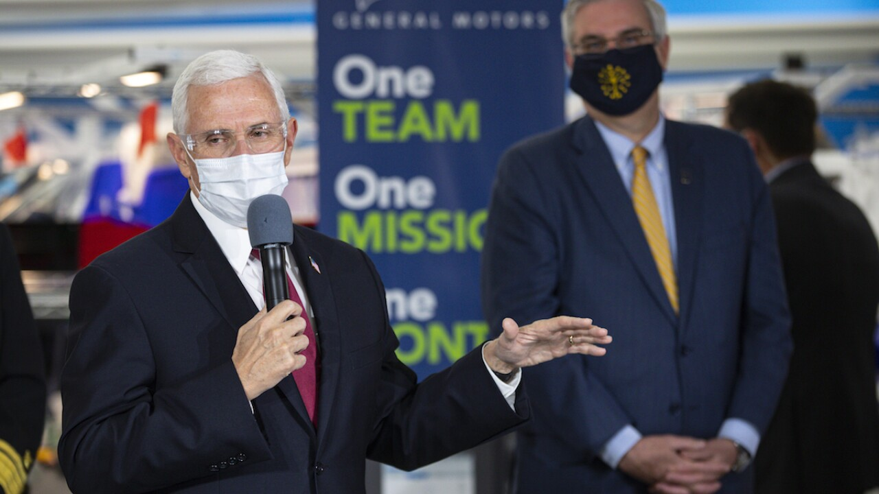 This time, Pence wears mask as he tours Indiana plant