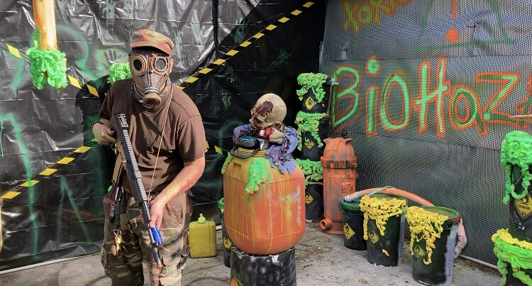 Wykoff's Haunted House in St. Pete uses safe homemade scares to raise money for restaurant workers