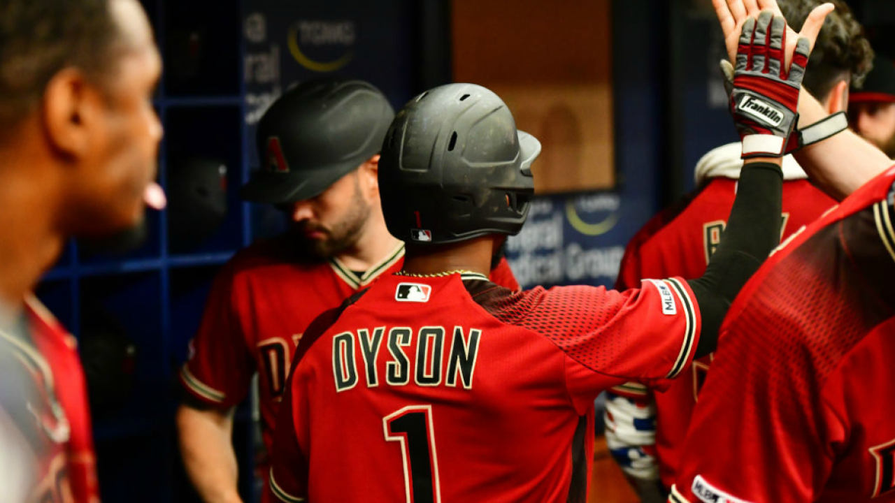 Diamondbacks celebrate in dugout