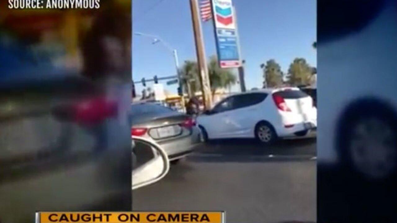 Bat-wielding attacker smashes car windshield