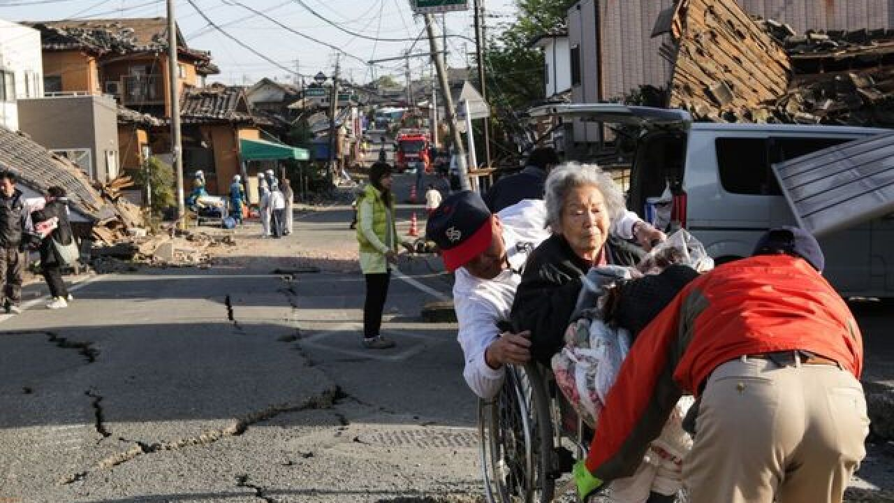 1,700 missing in Ecuador earthquake; 507 dead