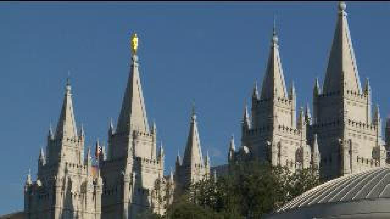 Women push to attend LDS priesthood session