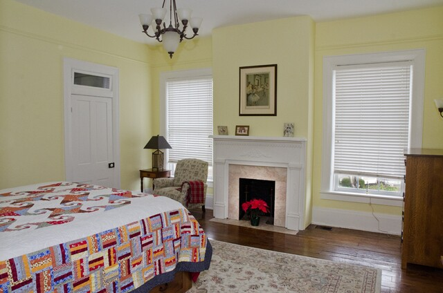 Home Tour Gallery: Illustrator C.F. Payne's 1883 Italianate home was built for a Lebanon bigwig