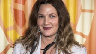 Drew Barrymore launches new talk show