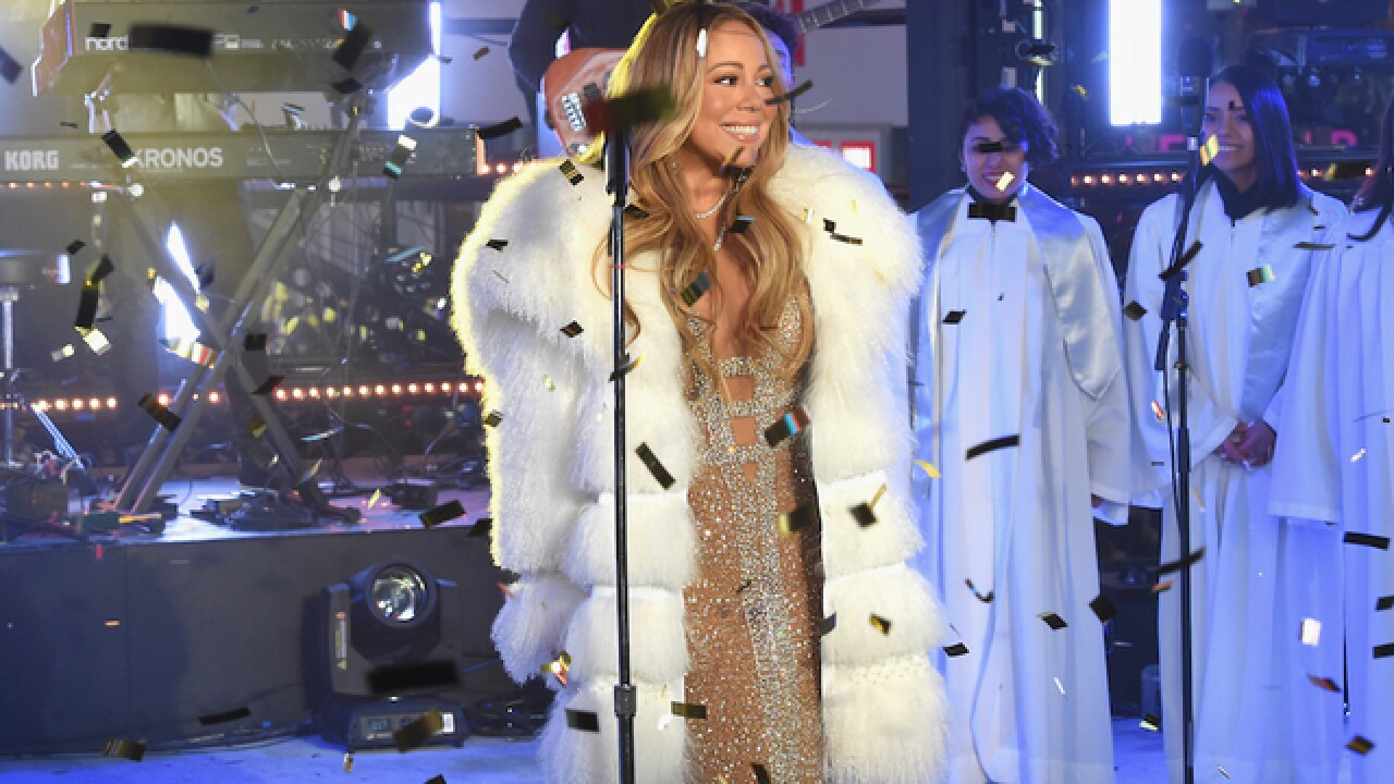 Mariah Carey reveals bipolar disorder