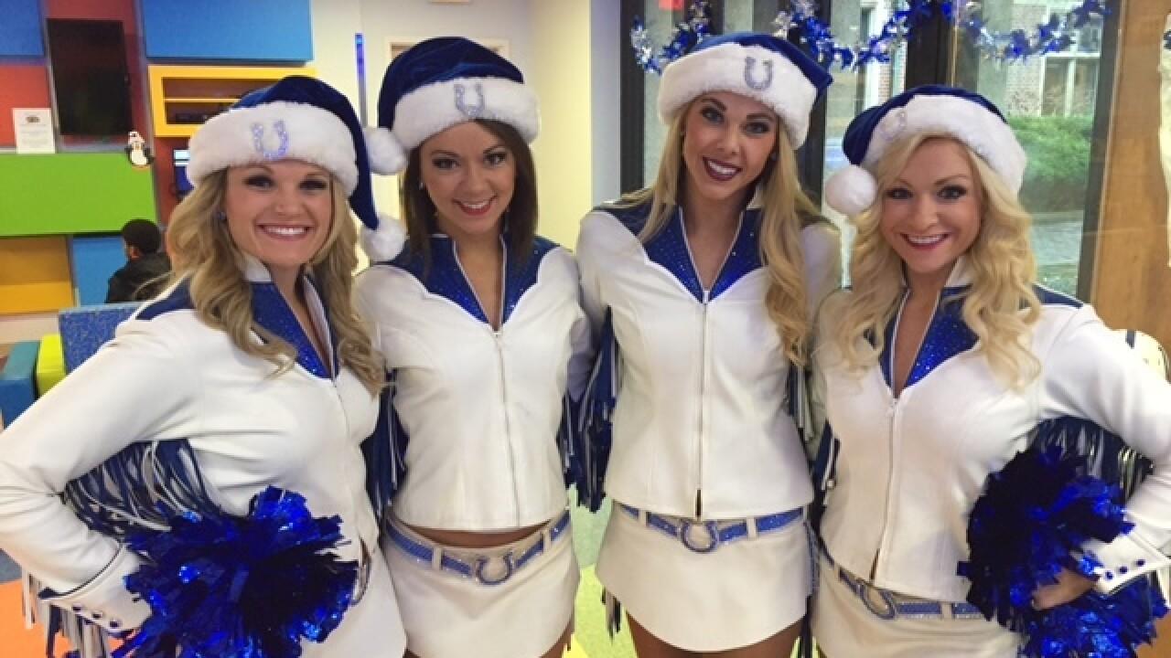 Colts spread holiday cheer at Riley Hospital