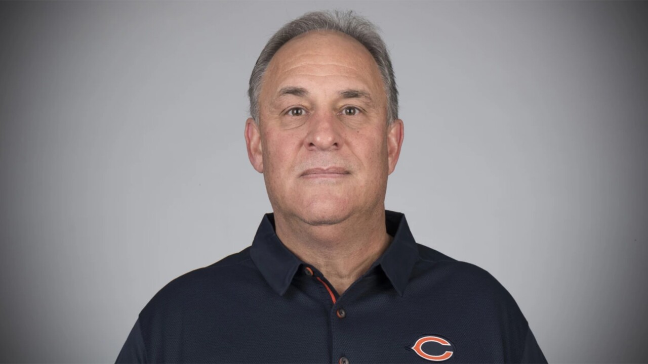 vic fangio bears headshot.jpg