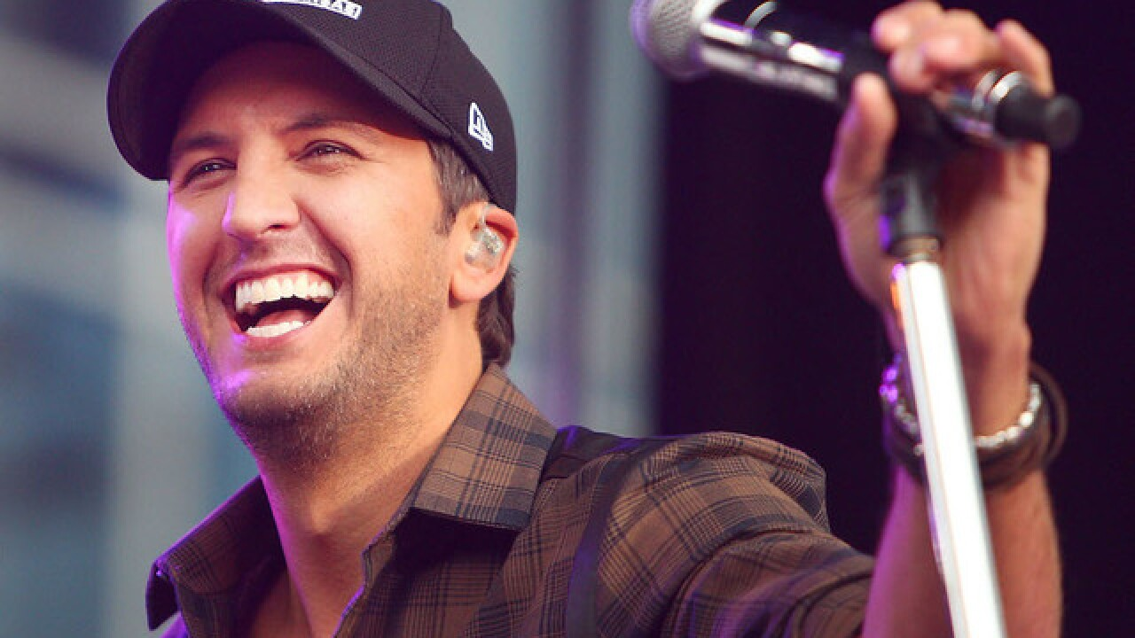 Luke Bryan responds to video that shows him swinging at fan