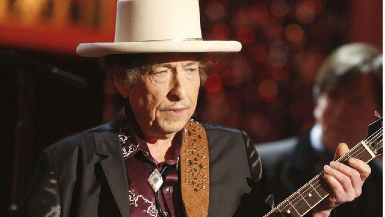 Bob Dylan says he'd 'absolutely' attend Nobel Prize Award Ceremony
