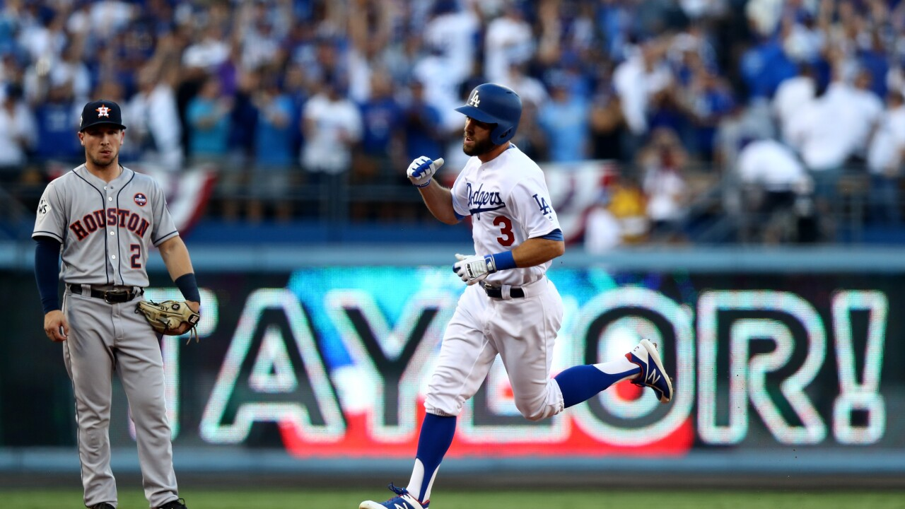 Virginia Beach native Chris Taylor homers in first World Series at bat, Dodgers win game one