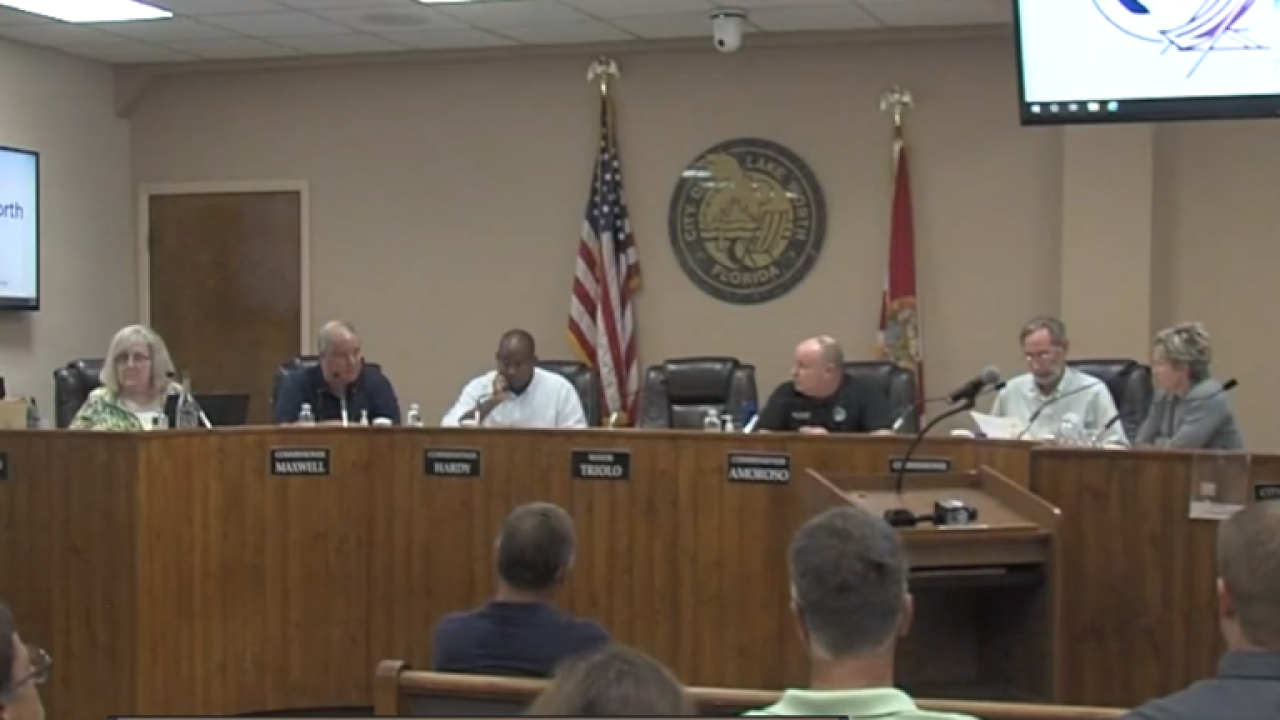 wptv Lake Worth Beach Commissioners.PNG