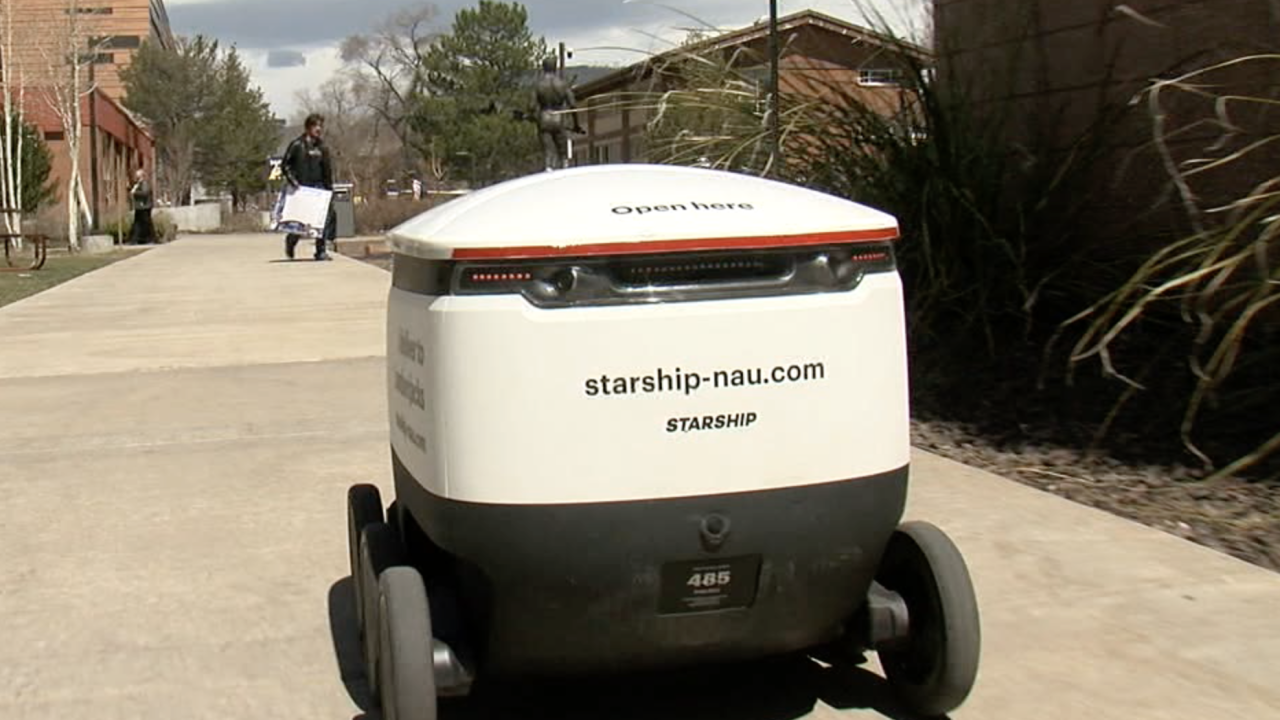 KNXV NAU food delivery robot