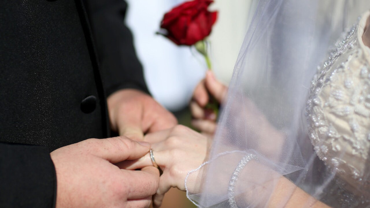 Study: 8 ways marriage is different for men and women