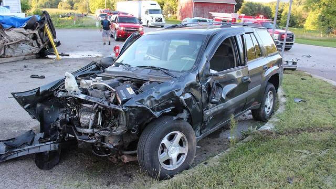 Sheriff: Mother dies in crash, infant injured