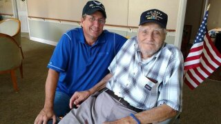 A 94-year-old veteran died after one last trip to see his family and the country he loved