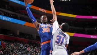 Knicks edge Pistons for fourth straight victory