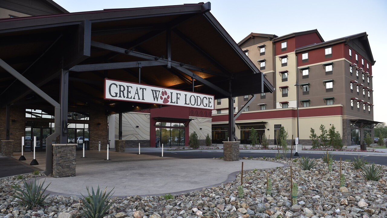 Great Wolf Lodge Exterior - Handout