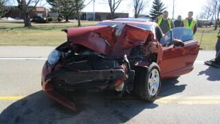 1 hurt in 2 car cass co crash