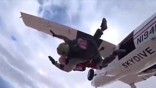 WWII vet skydives