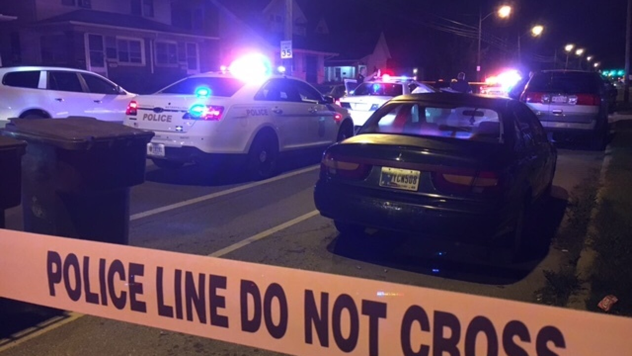 Man found shot and killed on Indy sidewalk