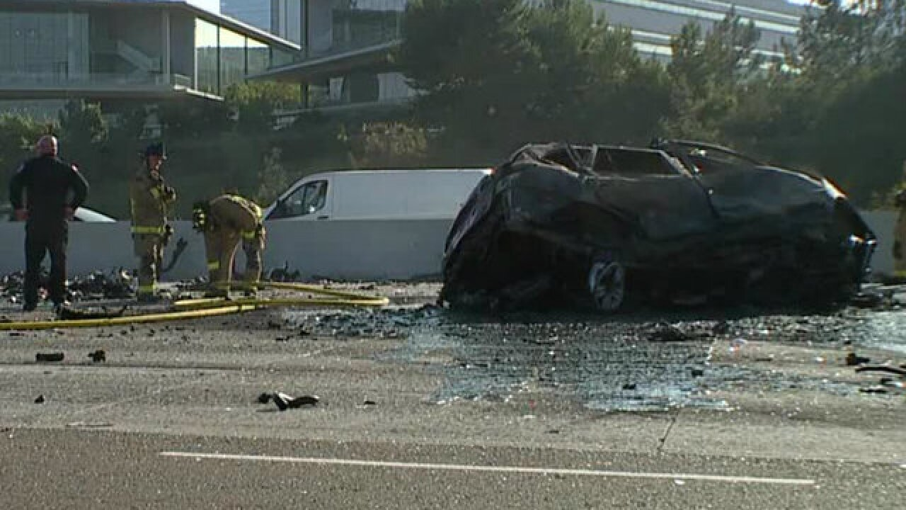 I-805 lanes open after fiery crash that kills 3