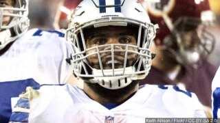 Ezekiel Elliott rebounds from bucking mechanical shark to play well in the Pro Bowl