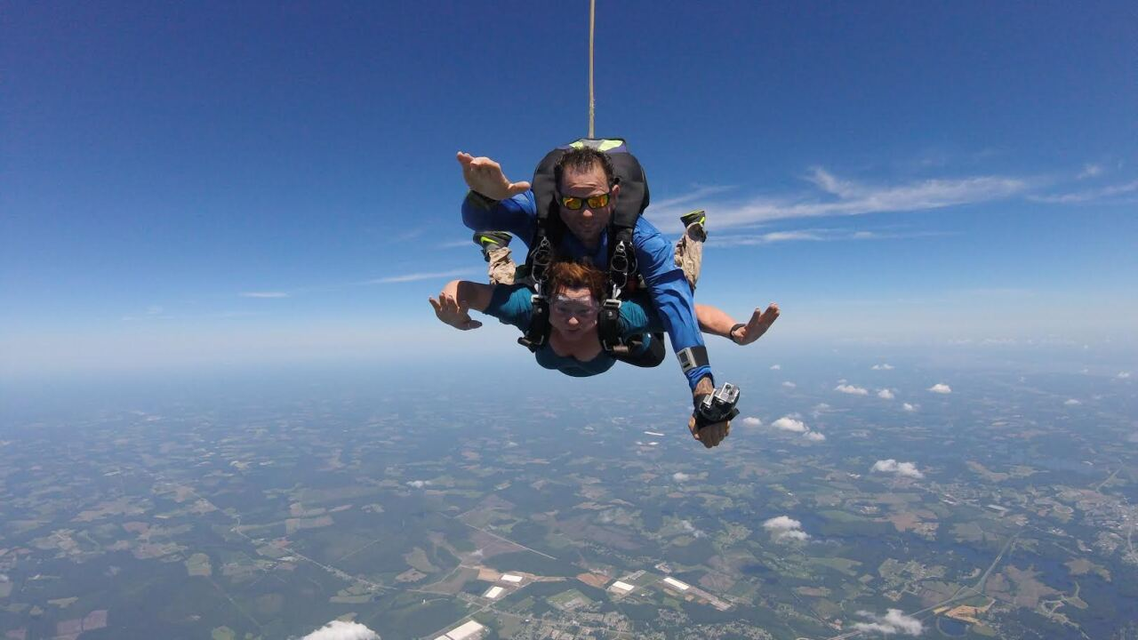 Skydive Suffolk looking for skydiving volunteers for Virginia Beach Patriotic Festival
