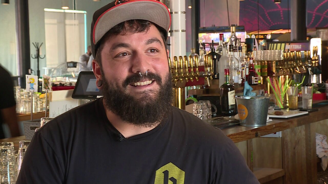 Drinkers, bartenders happy about Virginia's new Happy Hour rules