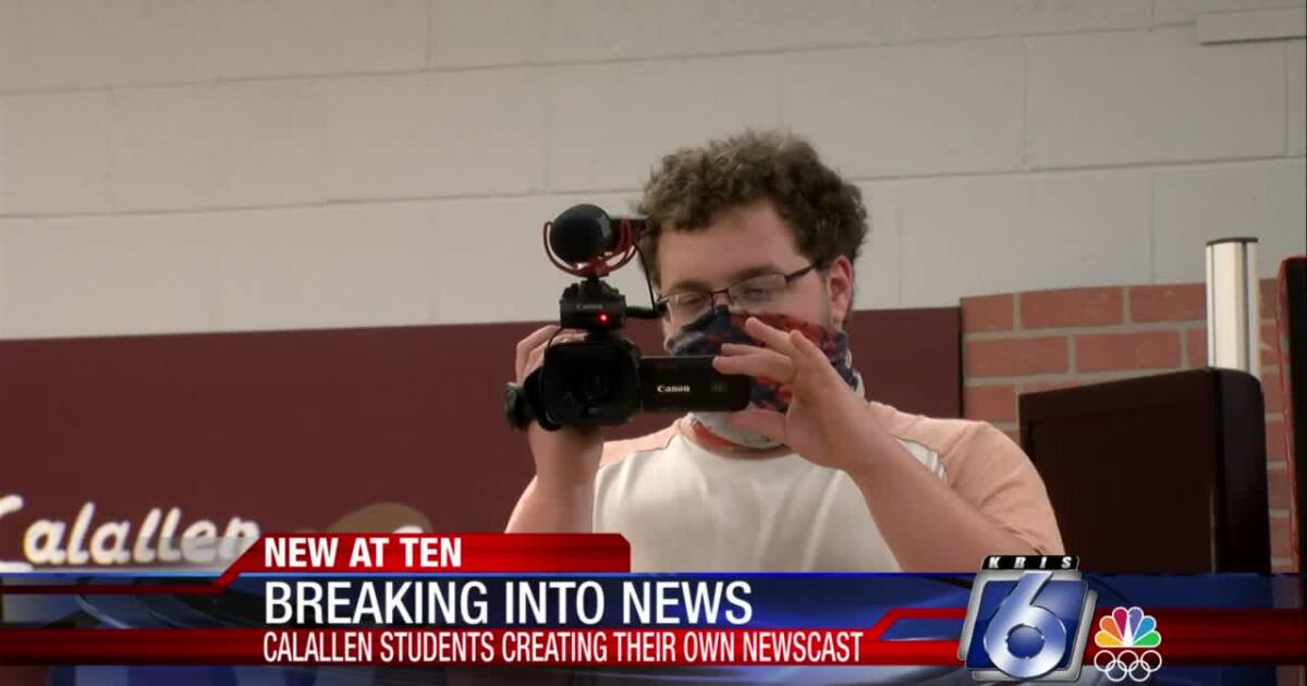 Calallen Wildcat News training potential young broadcasters