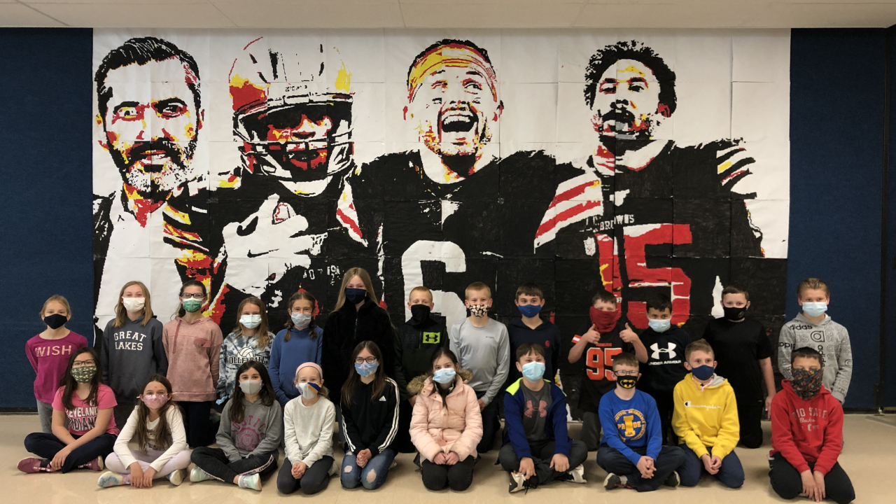 Independence 4th grade Browns mural