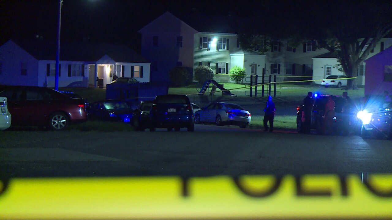 2 men shot in Petersburg