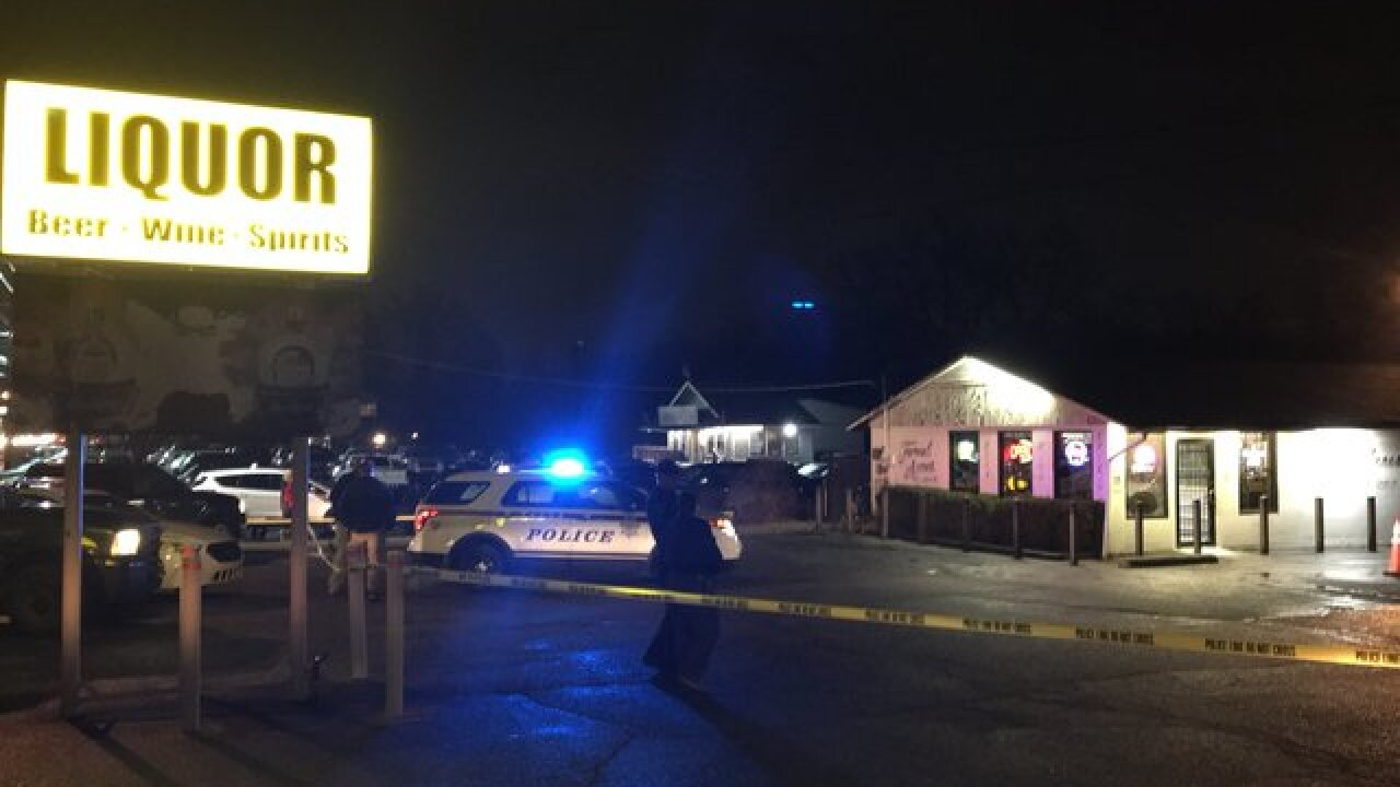 Police investigate shooting at liquor store
