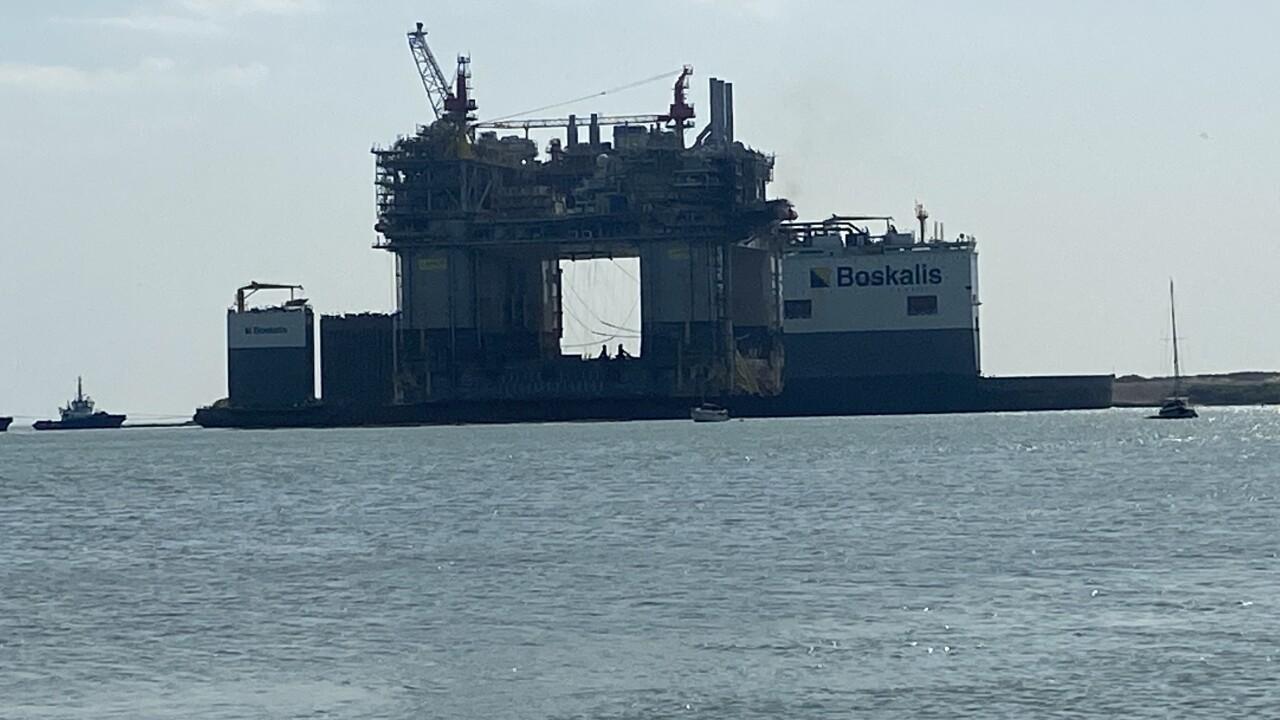 Ship with platform.jpeg