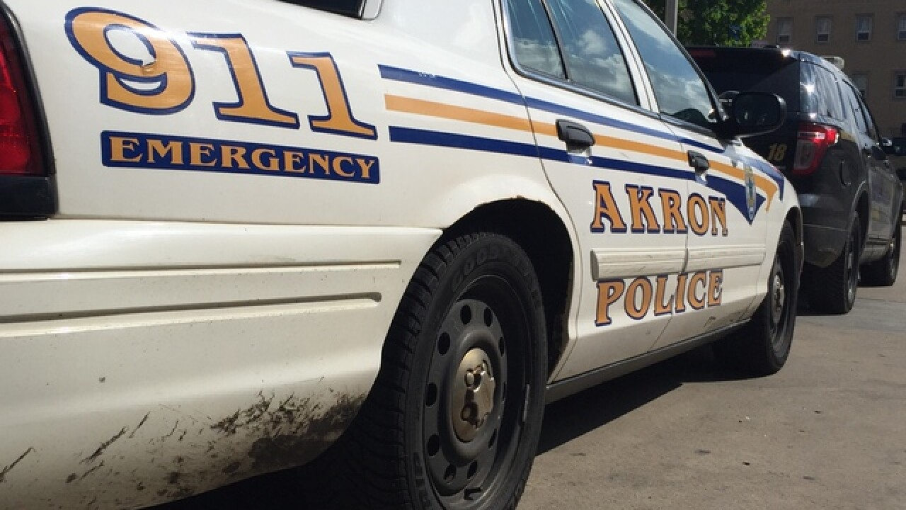3 men attempt to rob an Akron home with three children inside