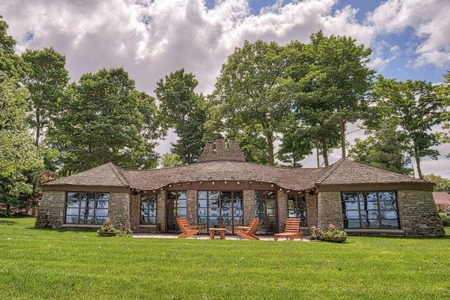 PHOTOS: Mushroom house on sale for just under $3 million in Michigan