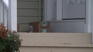 """One in five Americans is a victim of porch pirates"": Tips for online shopping during the holidays"