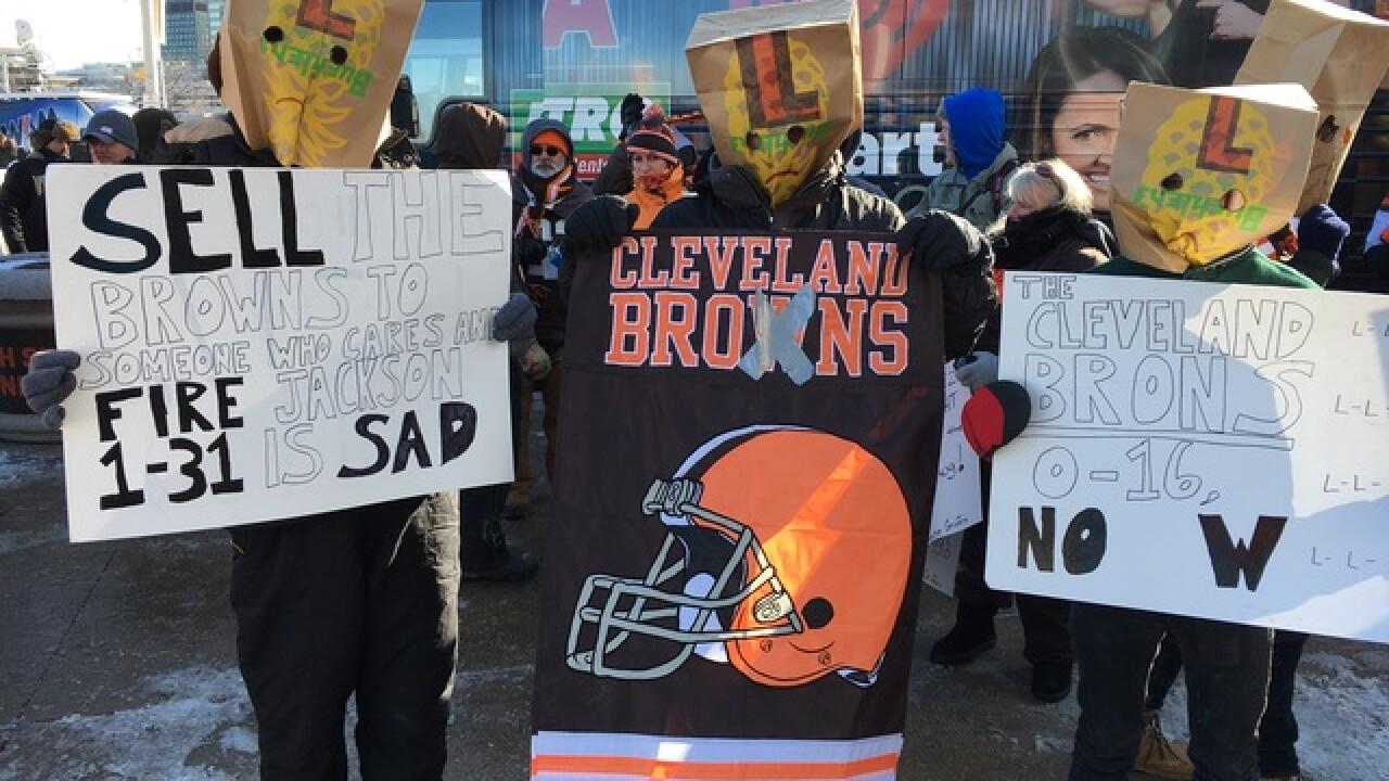 Despite 0-16 season fans still believe in Browns