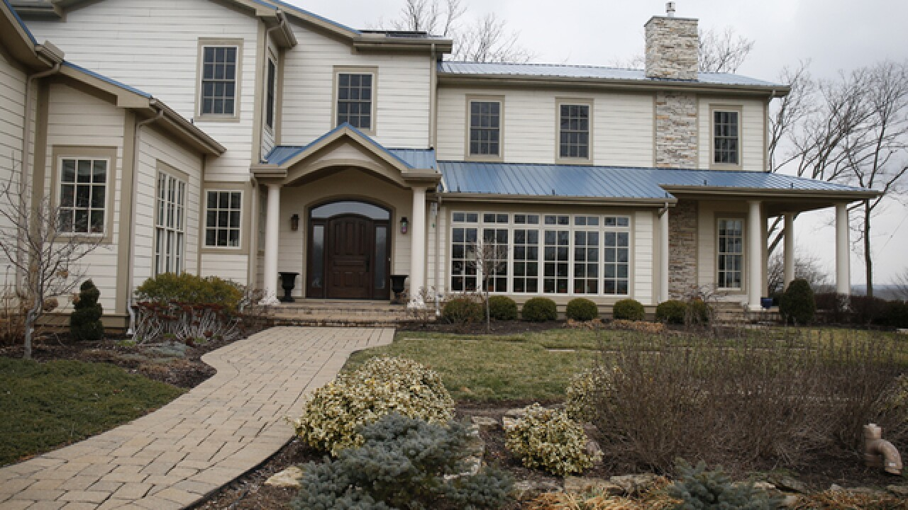 Home Tour: Dream home overlooking Caesar Creek