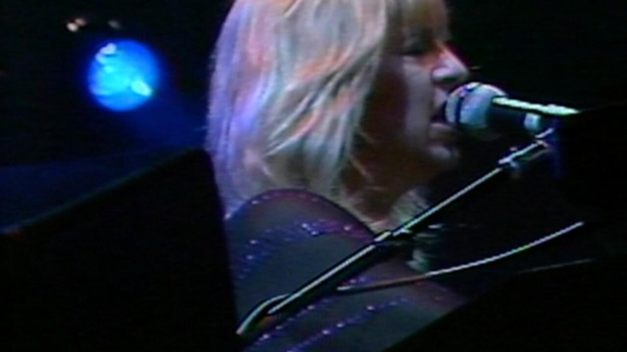 1980: Fleetwood Mac brings politics to show