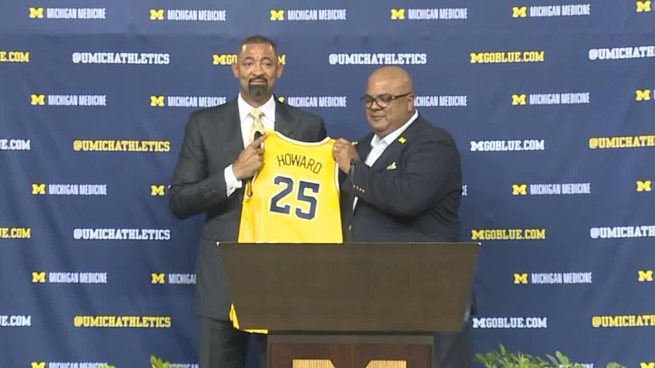 Juwan Howard Michigan coach.jpeg