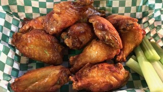 Got a craving for chicken wings? These eateries make 'em just right