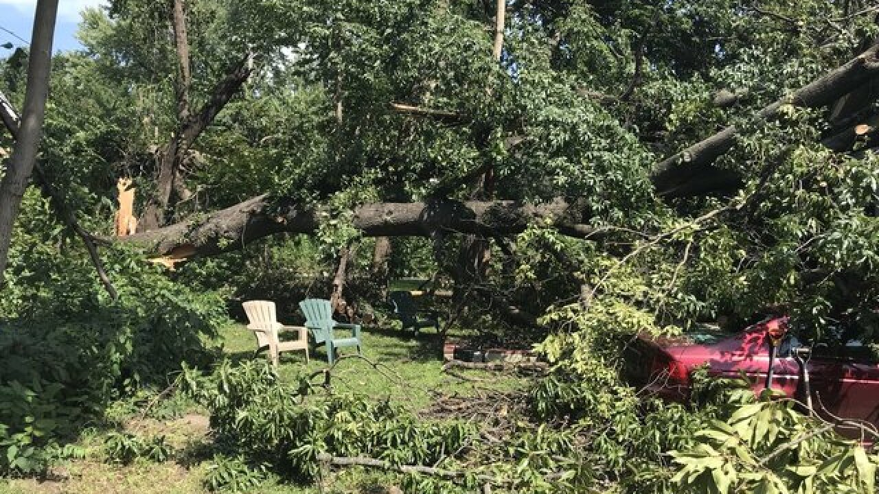 'Angels' help clear storm damage for KC man